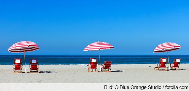 Liegestuhl Strand Sonnenschutz frieren schwitzen