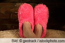 kalte Füße - Hausschuhe - frieren