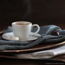 kaffee_elisabeth_quadratisch_frieren_schwitzen