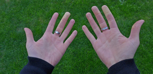 frierende Hände
